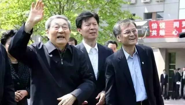 朱镕基朱云来父子都担忧这件事,为啥?-律格资本官网-律格研究